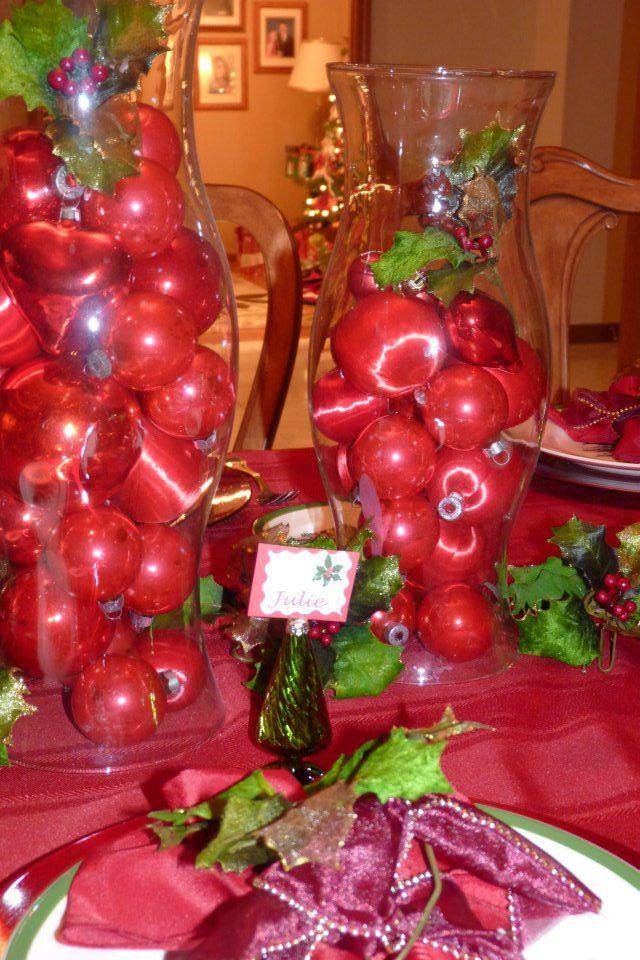 Christmas table decorating Christmas table decorations Pinterest