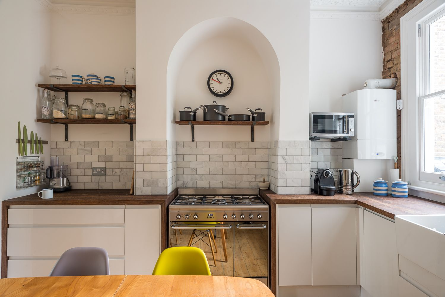Marble subway tiles fired earth reclaimed oak worktops shelves marble subway tiles fired earth reclaimed oak worktops shelves brackets from dailygadgetfo Images