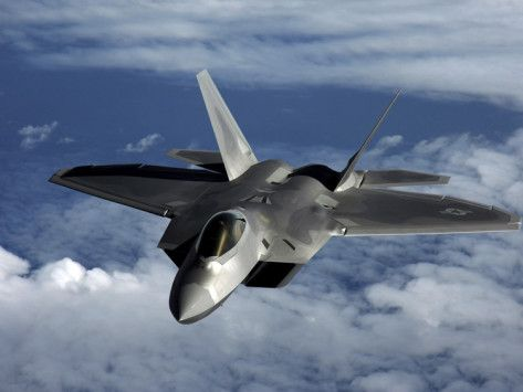 A U S Air Force F 22 Raptor Aircraft Flies Near Guam Photographic Print Stocktrek Images Allposters Com Aircraft Airplane Fighter Stealth Aircraft