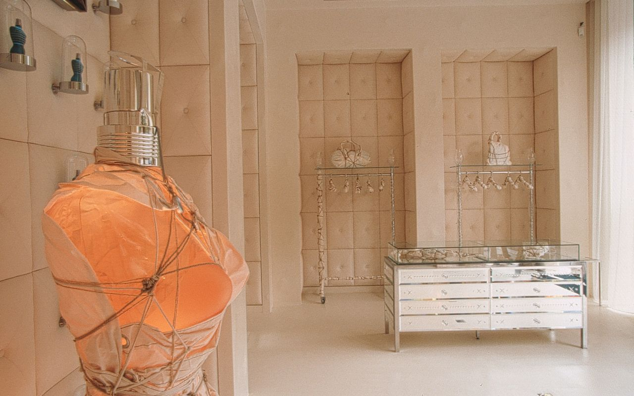 Jean Paul Gaultier boutique by Starck