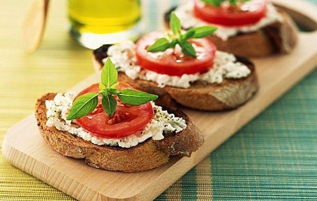 Alimentazione Sana & Cucina Naturale: Crema di ricotta all'aglio