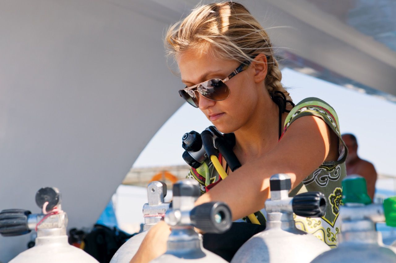 Start Your Professional Diving Career With An Padi Idc