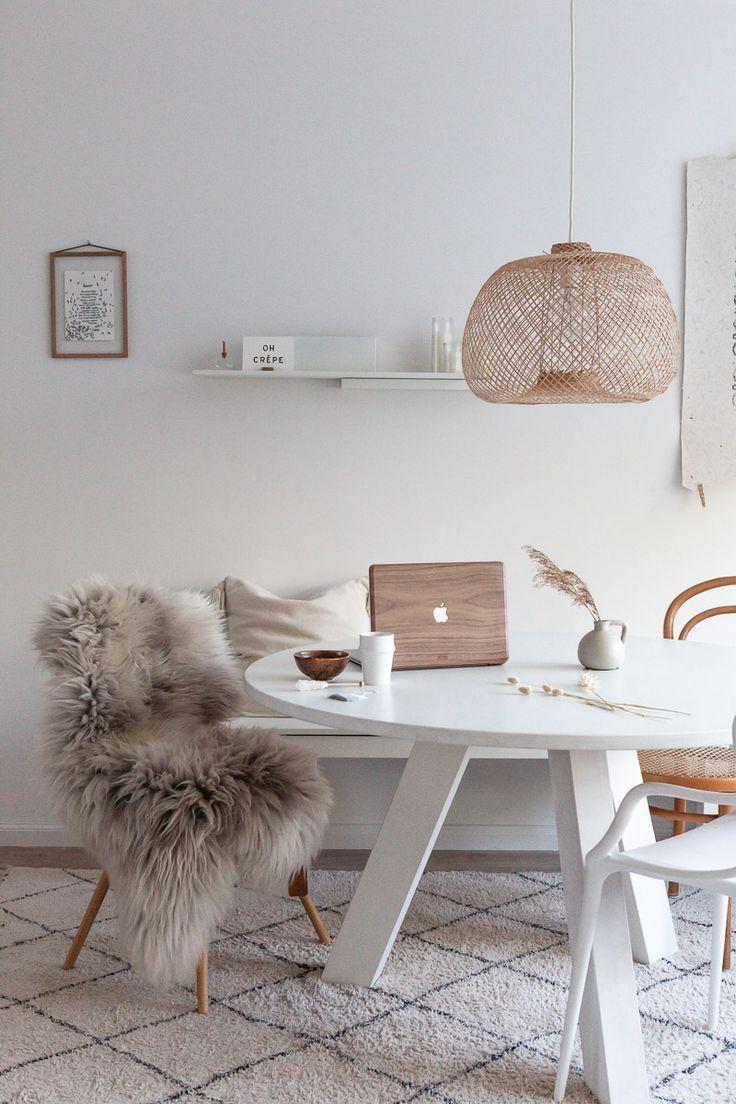 Najaar - ELLE INTERIEUR.  minimalist dining room ideas . #homedecor.#dining #elle #homedecor #ideas #interieur #minimalist #najaar #room