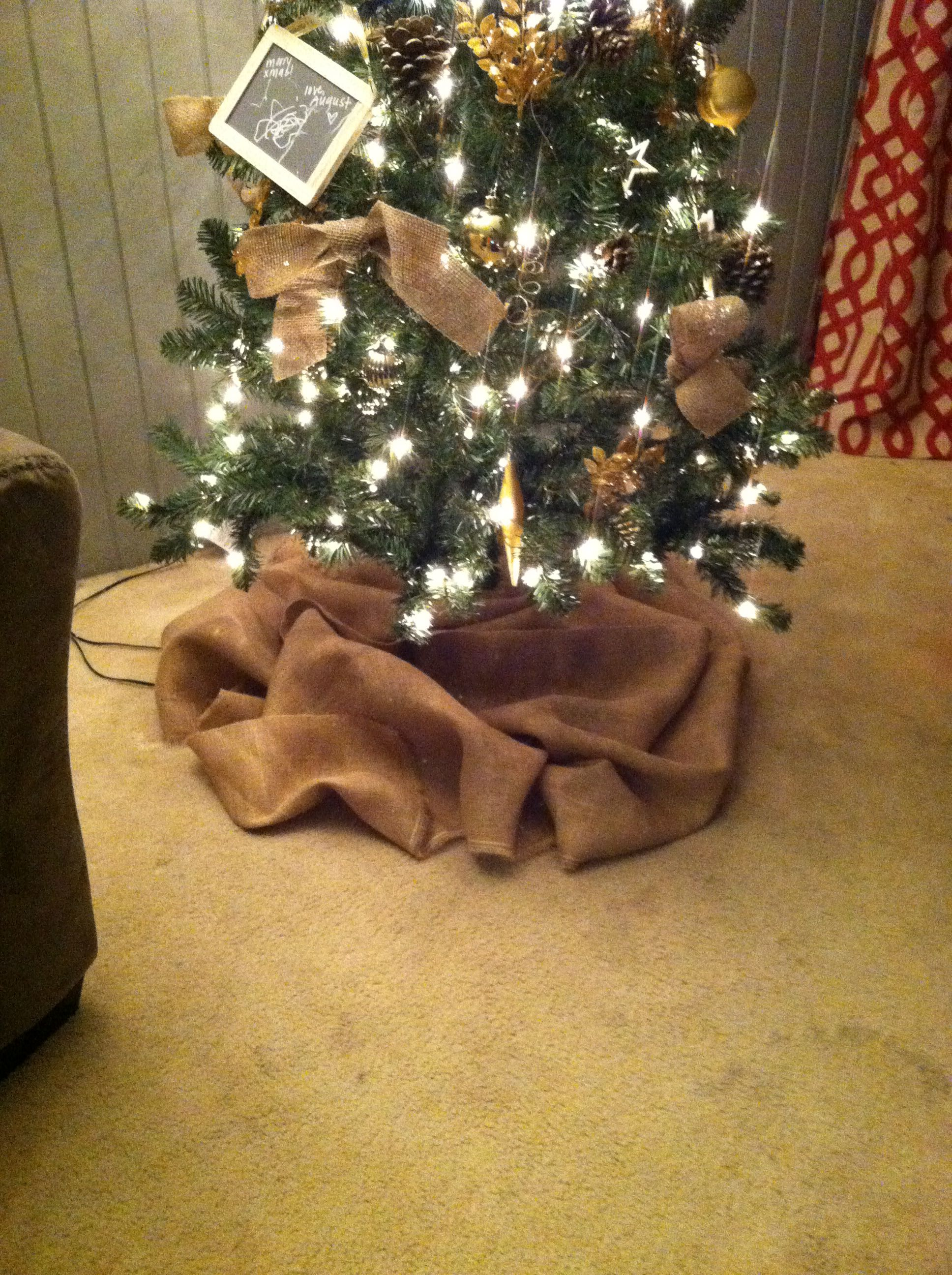Bunched Up Burlap As Tree Skirt