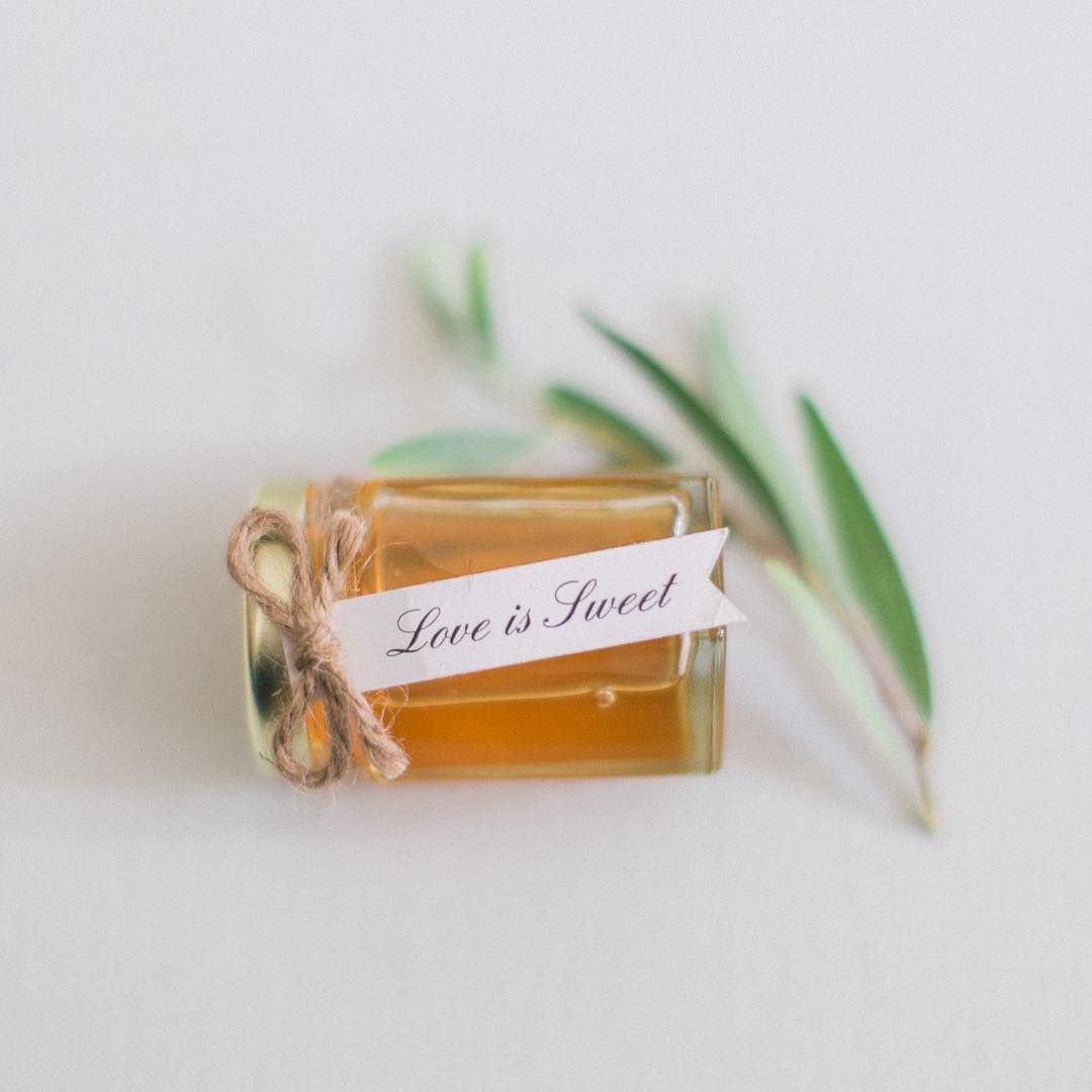 Organic honey favors! wedding favors | Wedding | Pinterest | Favors ...