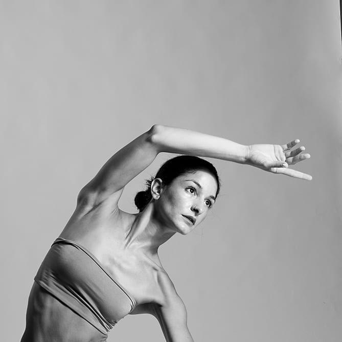 s - s. Sofia Papadopoulou #endorphins #dance #fitness #blackandwhite #photography #instagram #flexib...