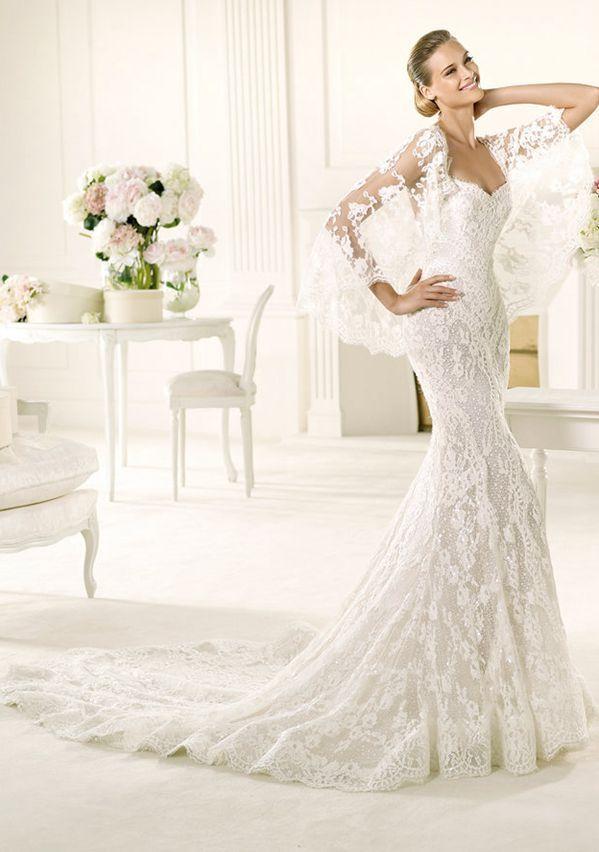 Sexy Trumpet/Mermaid Spaghetti Straps Beading Sweep/Brush Train Lace Wedding Dresses
