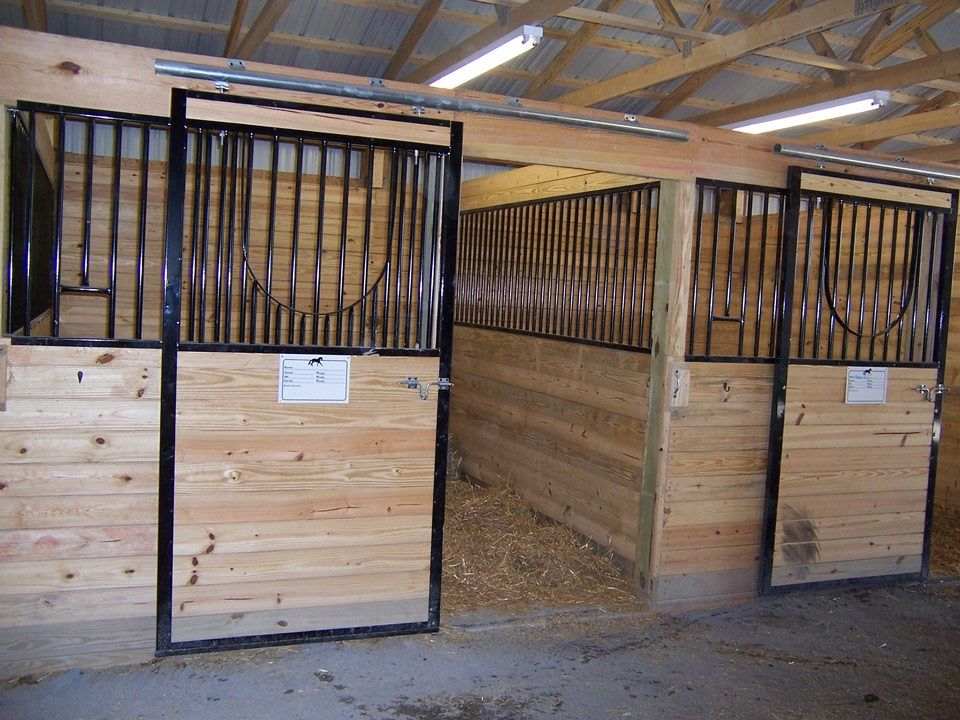Building dimensions 40 w x 84 l x 10 h id 123 stall for Cost of building a horse barn