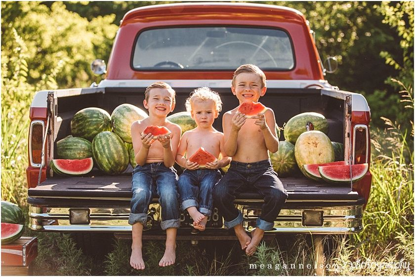 Red Truck Watermelon Mini S In Fort Worth Tx Meagan Nelson Photography Fort Worth Wedding And Family Photographer Photography Mini Sessions Watermelon Photo Shoots Watermelon