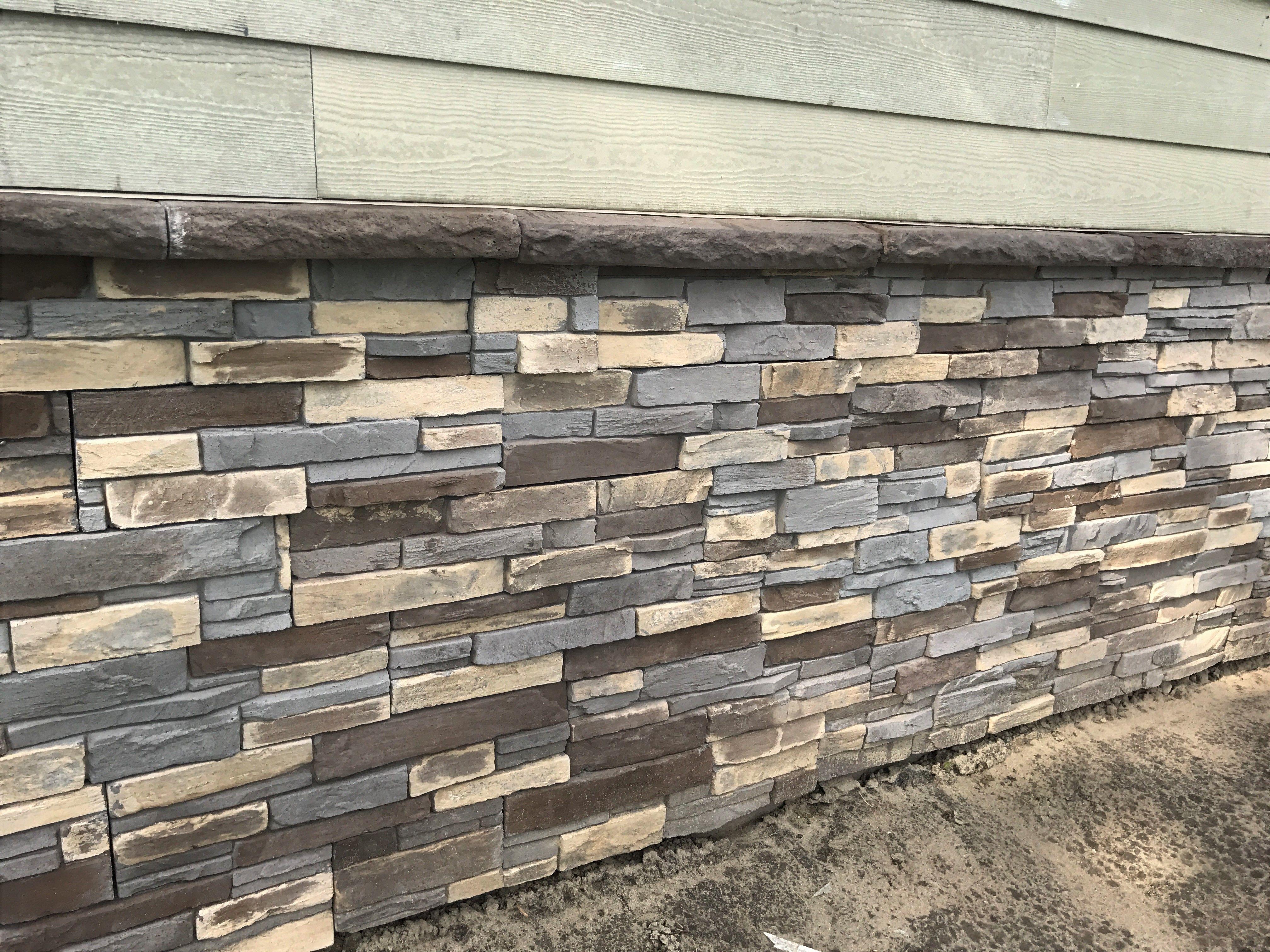 ADORN 23 5 in  x 6 in  Buckskin Stone Veneer Siding (Flats