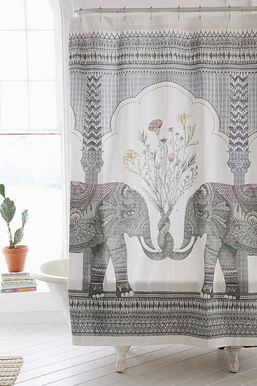 30 Trendy Shower Curtains That Will Have You Wanting To Update Your Bathroom Asap Olifanten Douches En Interieur