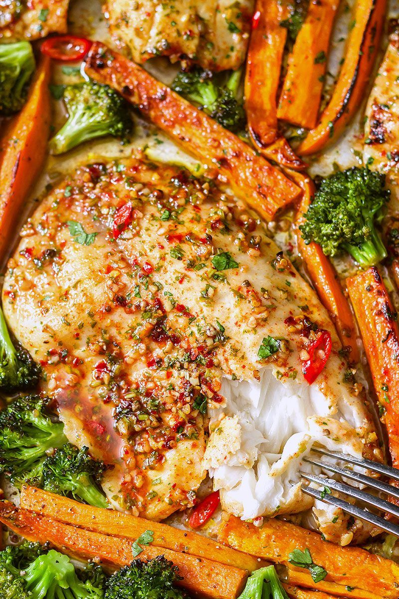 Sheet-Pan Chili-Lime Tilapia Recipe with Veggies #pescatarianrecipes