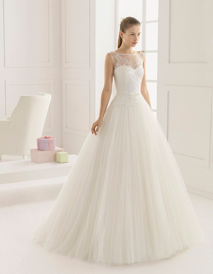 Best Wedding Dress Shop In Michigan Rosa Clara Two Is Known For Its