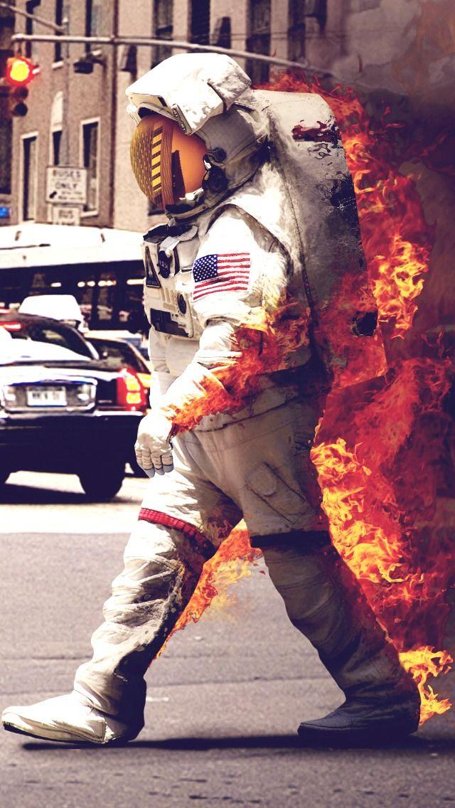 BurningAstronautiphone5wallpaper