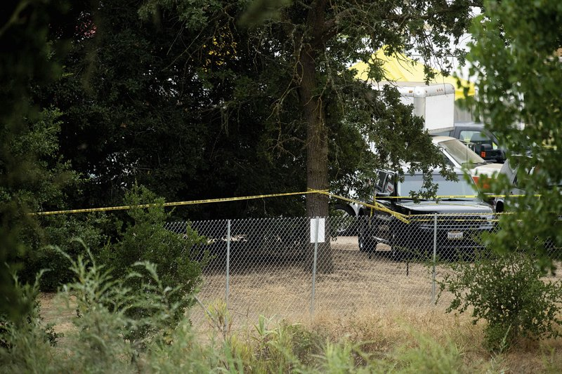 Police Tape Stretches Behind A Perimeter Fence At The Gilroy Garlic Festival The Morning After A Deadly Garlic Festival Las Vegas Hotels Family Friendly Event