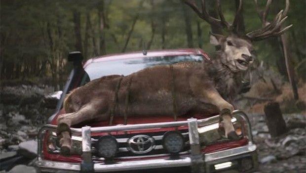 Em vídeo lançado pela montadora na Nova Zelândia, animais selvagens comemoraram a oportunidade de serem transportados na picape