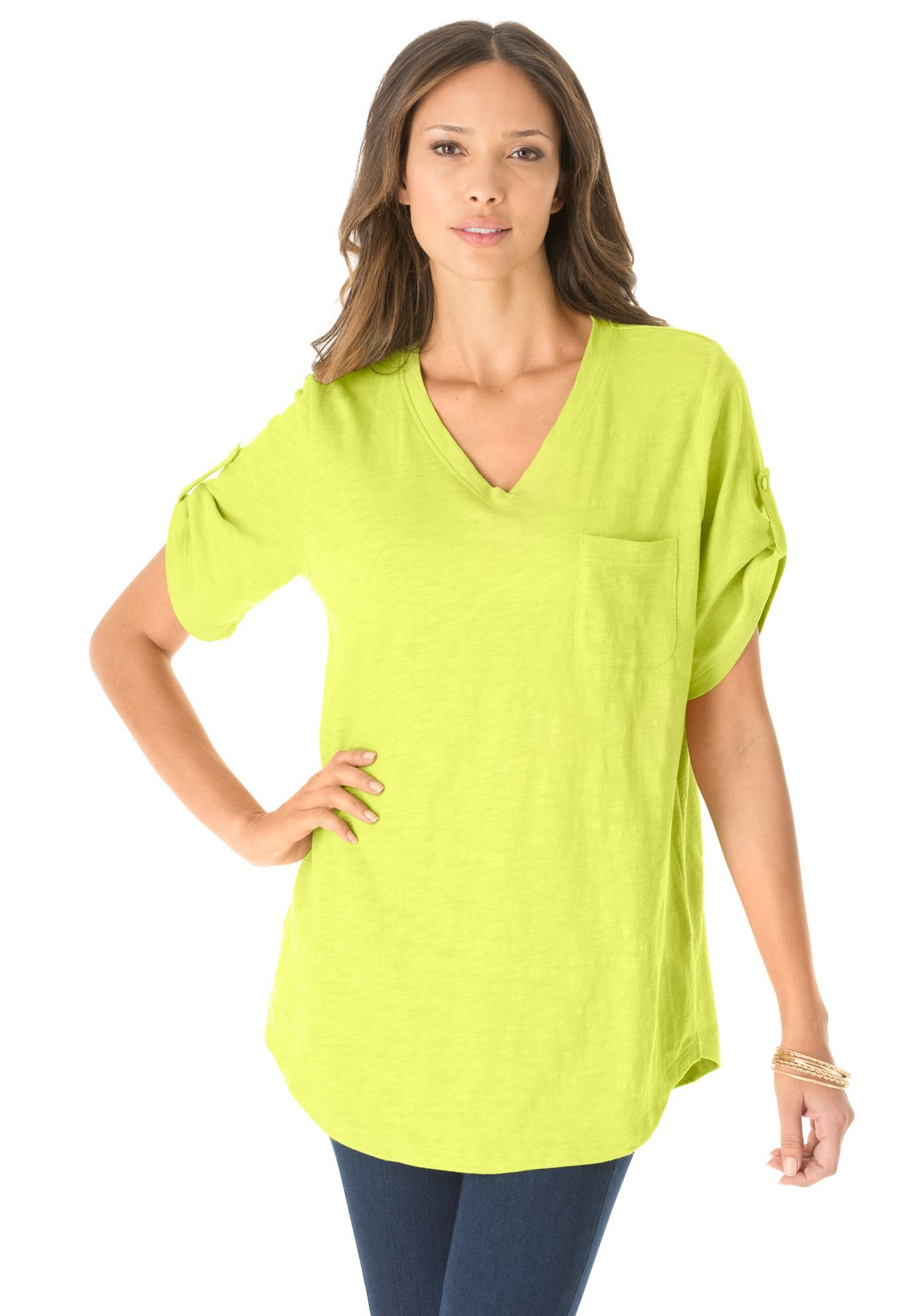 One of our bestselling tunic borrows your favorite style from the boys: the relaxed top. With a slightly oversized fit, our boyfriend slub plus size tunic creates an effortlessly stylish look. #plussize #spring