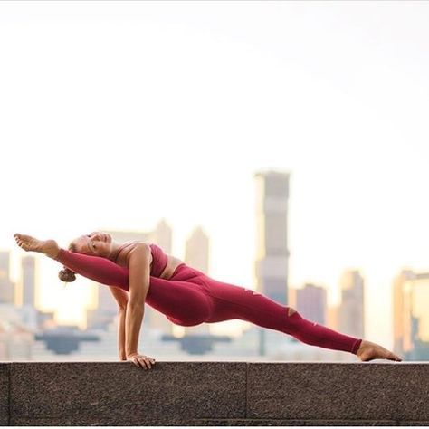 6 yoga poses to help you learn arm balances  cool yoga