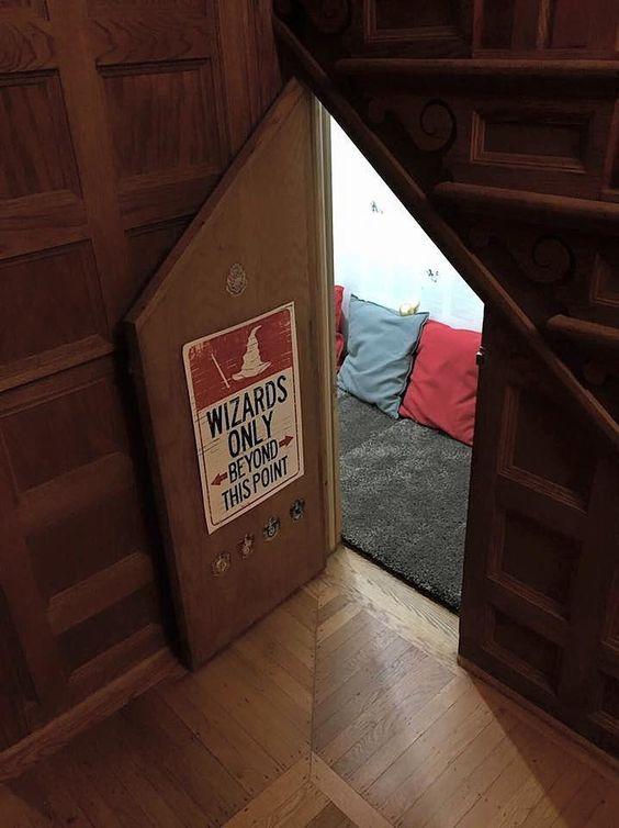 Harry Potter Cupboard Room Pictures Popsugar Tech Harry Potter Room Harry Potter Diy Harry Potter Room Decor