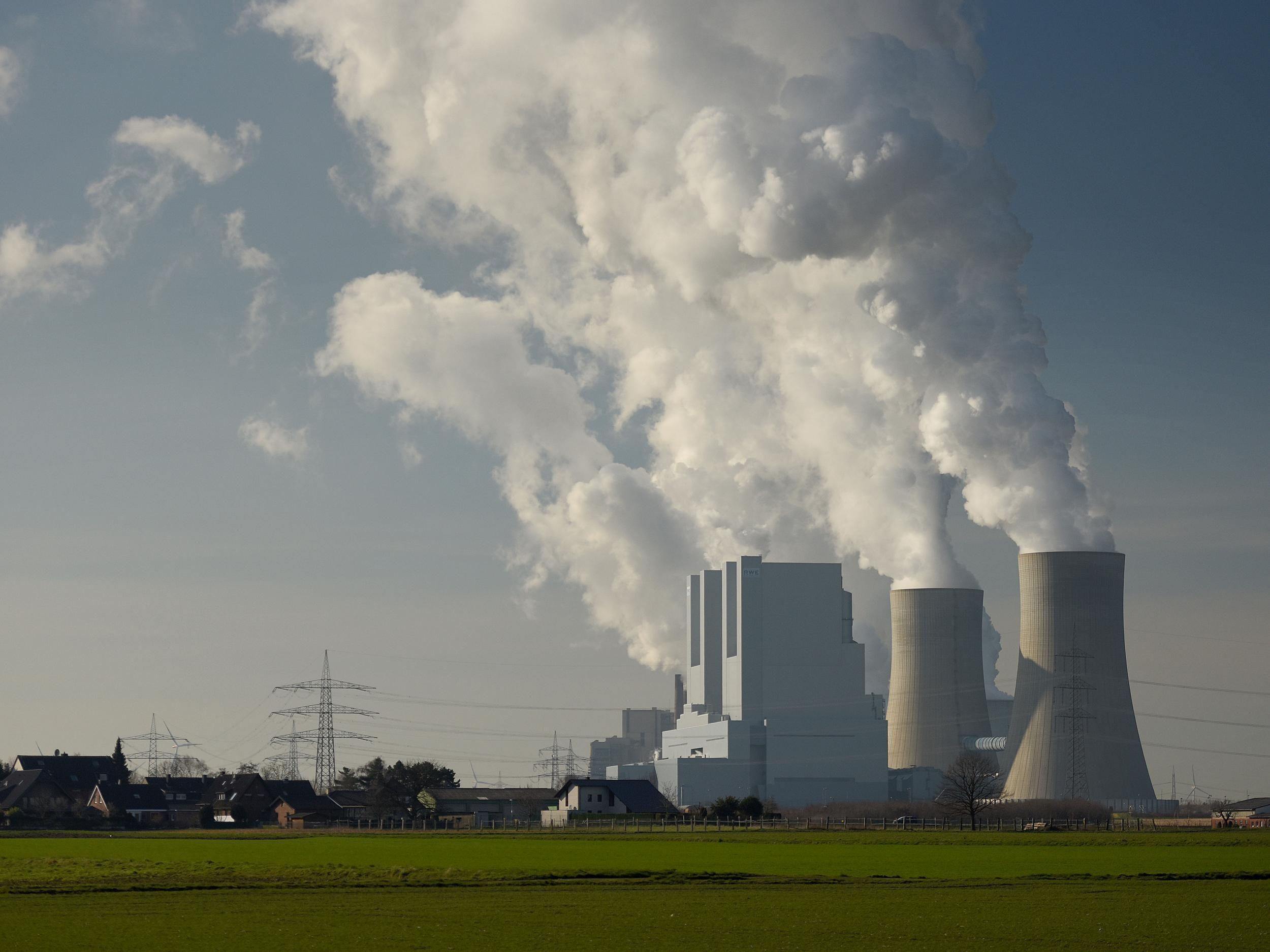 World abandons coal in dramatic style raising hope of