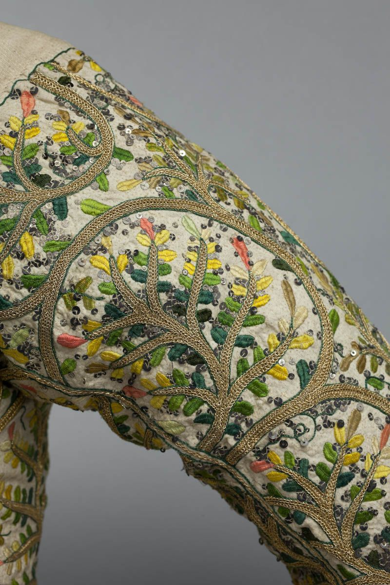 Search museum bodice shakespeare birthplace trust embroidery