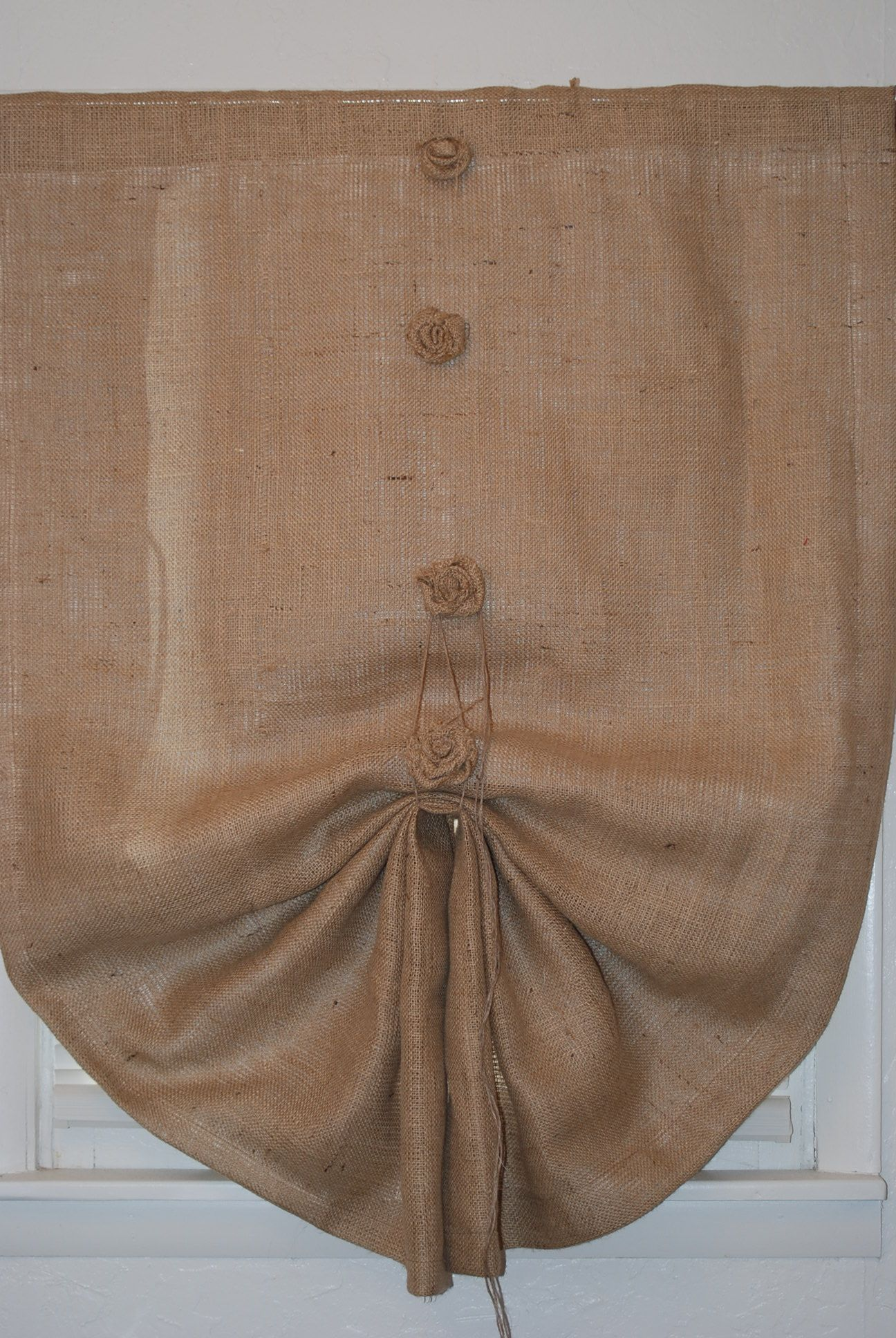Burlap panel-with blackout lining... Might have to figure out how to make these for my bedroom