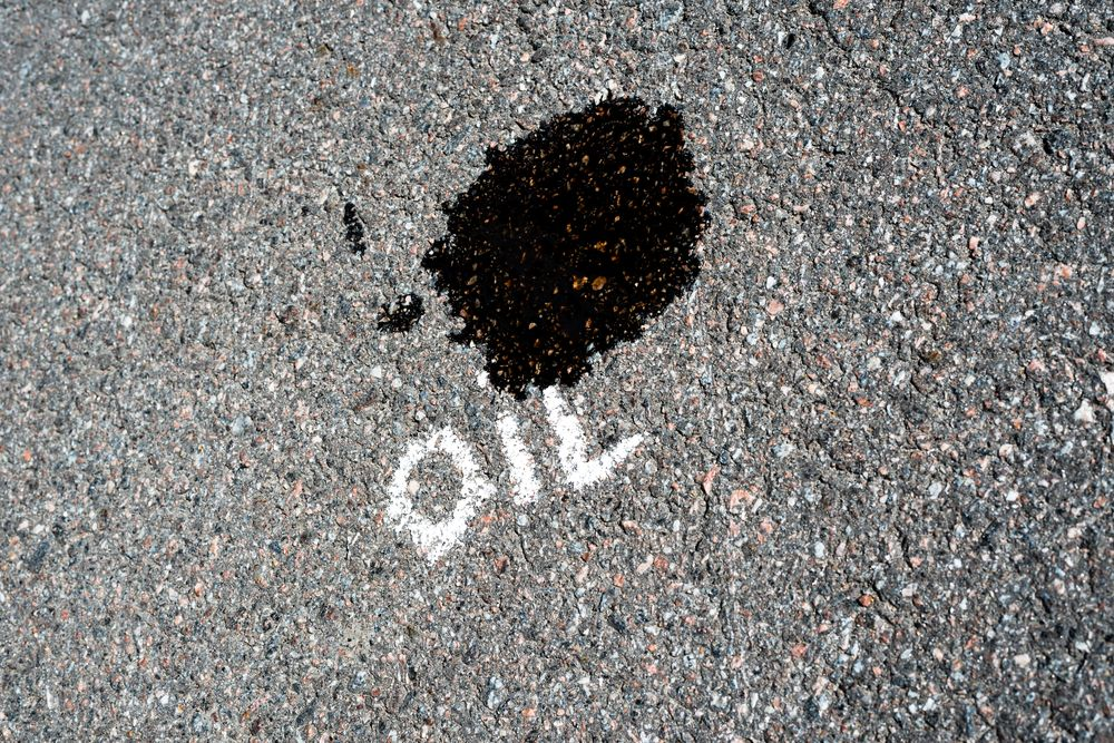 How To Remove Oil Stains From Your Driveway Diy Remove Oil Stains Oil Stains Oils