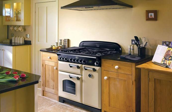 Falcon Classic Deluxe Piano Cuisson Rangecooker Falcon Www - Cuisiniere falcon pour idees de deco de cuisine