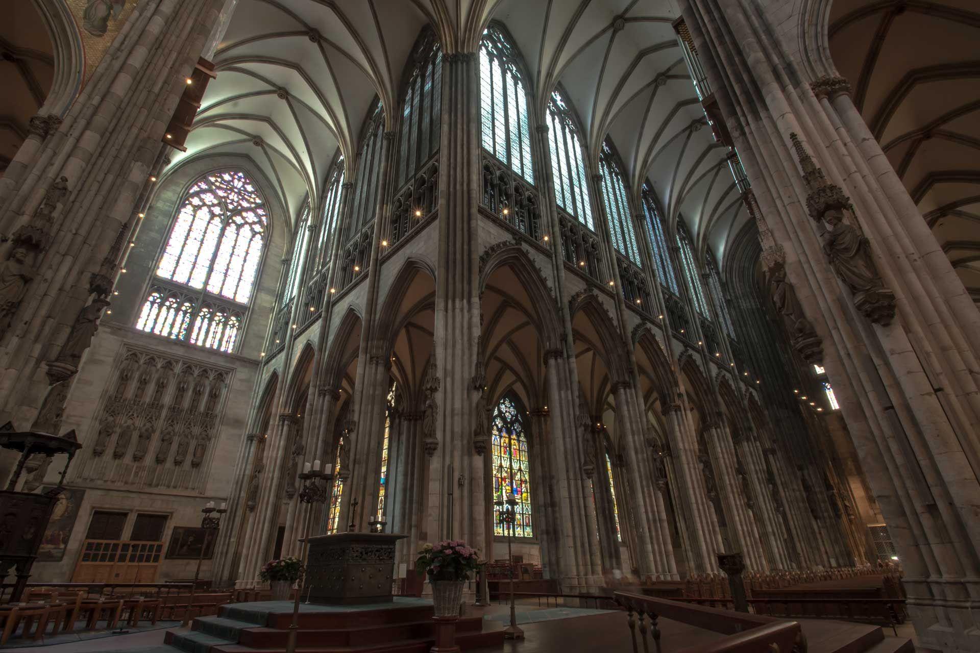Wir Heissen Sie Ganz Herzlich Auf Der Homepage Des Kolner Domes Willkommen Wir Laden Sie Ein Sich Zu Informieren Und Auf Ent Cologne Germany Cathedral Germany