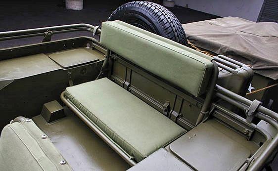 Willis Jeep | Willys jeep, Jeep seats, Old jeep | Willys Jeep Rear Seat |  | Pinterest