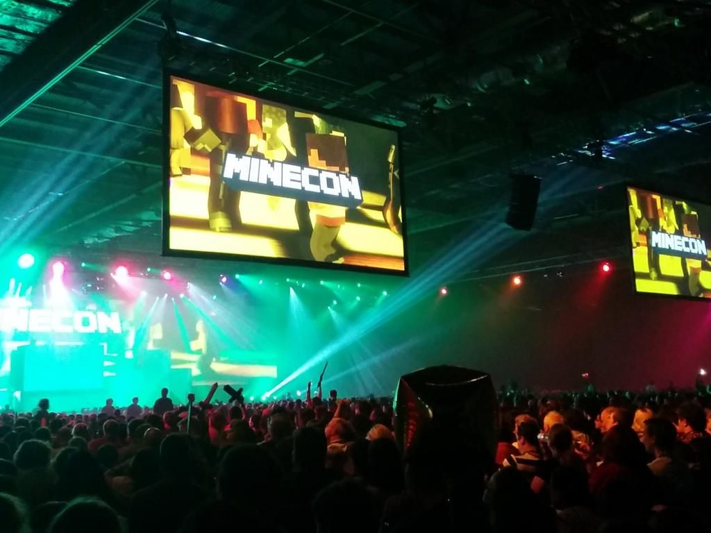 Marion G  Stavsøien on | #MINECON 2015 ALL Photos | Live