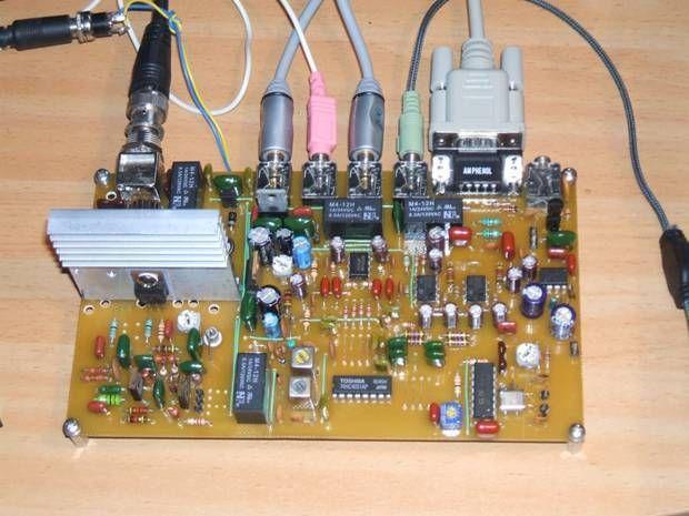 QRP SDR 5W 20 m SSB/Digital/CW HF transceiver (KIT