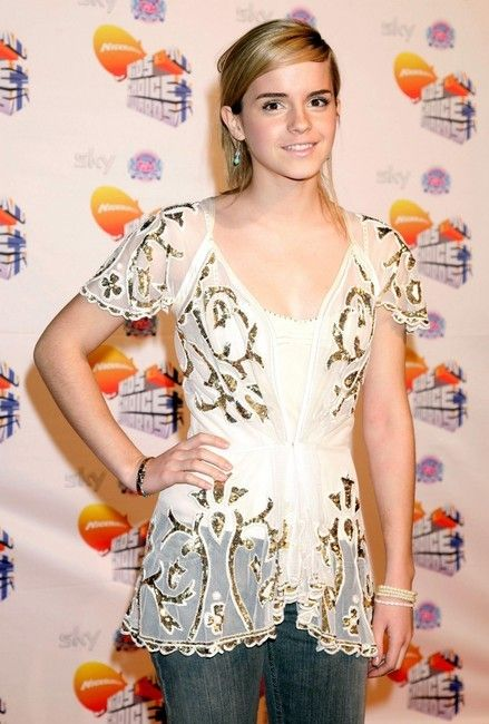 Emmawatson At Nickelodeon Kids Choice Awards 2007 On October 20 2007 In London England Buongiorno Good Morning Instagram Https Www Instagram