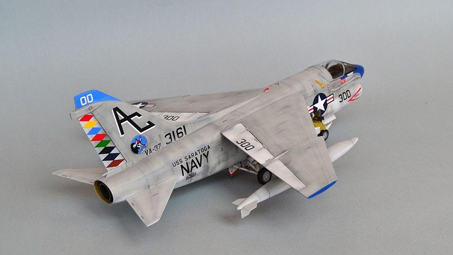 A7A Corsair II VA-37 USS Saratoga — Каропка.ру — стендовые модели, военная миниатюра