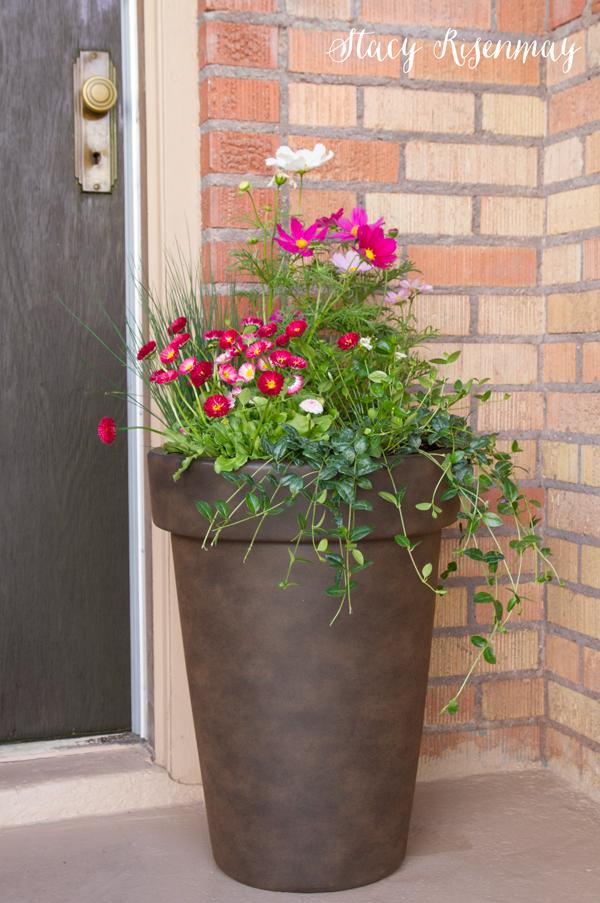 Tips For Planting Large Pots Large Flower Pots Plants 400 x 300