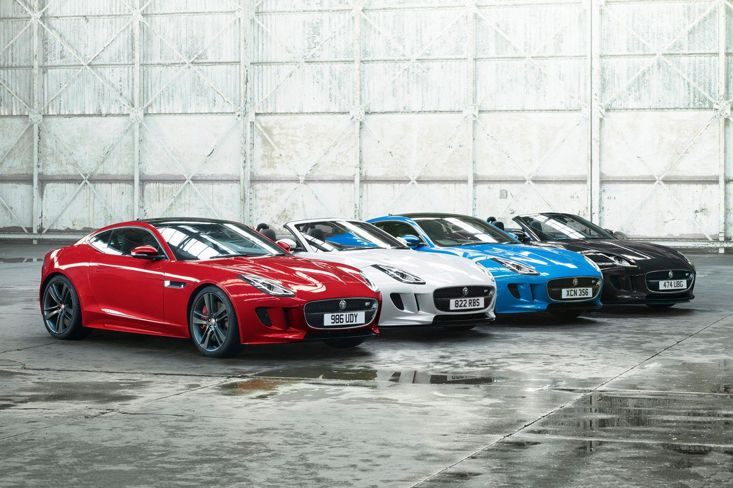 Jaguar Celebrates The F Type With The Colors Of The Union Jack Jaguar F Type New Jaguar Jaguar