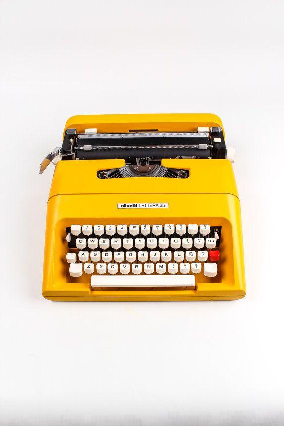 Olivetti lettera 35 colorado yellow typewriter working.