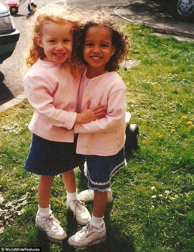 c0c7914a3 Conheça as irmãs gêmeas que não possuem nem mesmo a aparência em comum