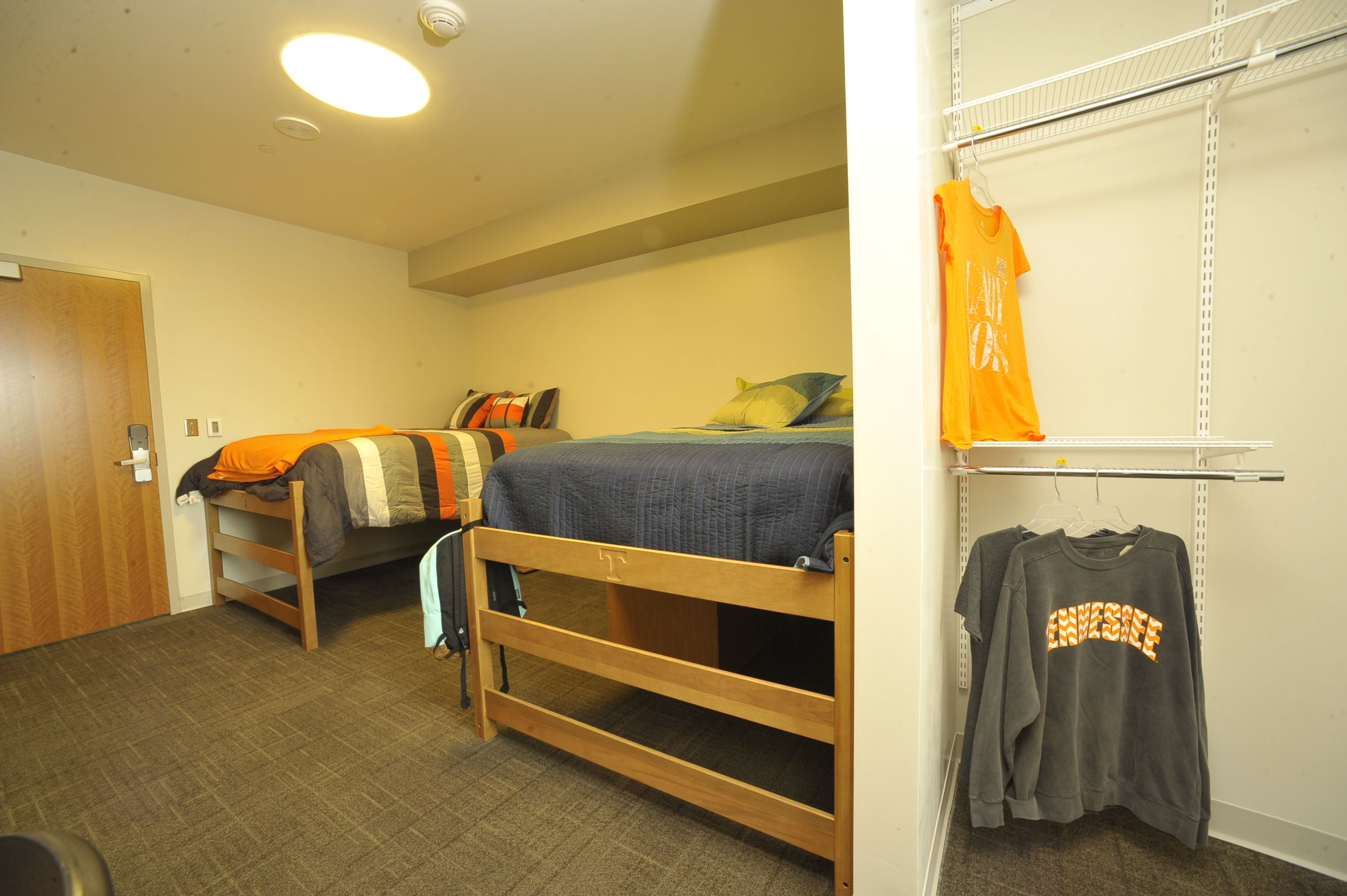 University Of Tennessee Fred D Brown Jr Hall Standard Suite In 2019 University Housing