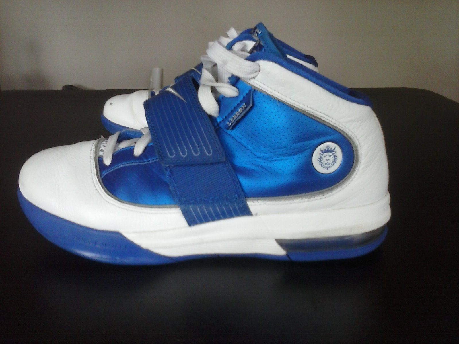 be2432de64247 Nike Lebron Zoom Soldier 4 Witness Size 8 5  Lebron  James  Nike ...