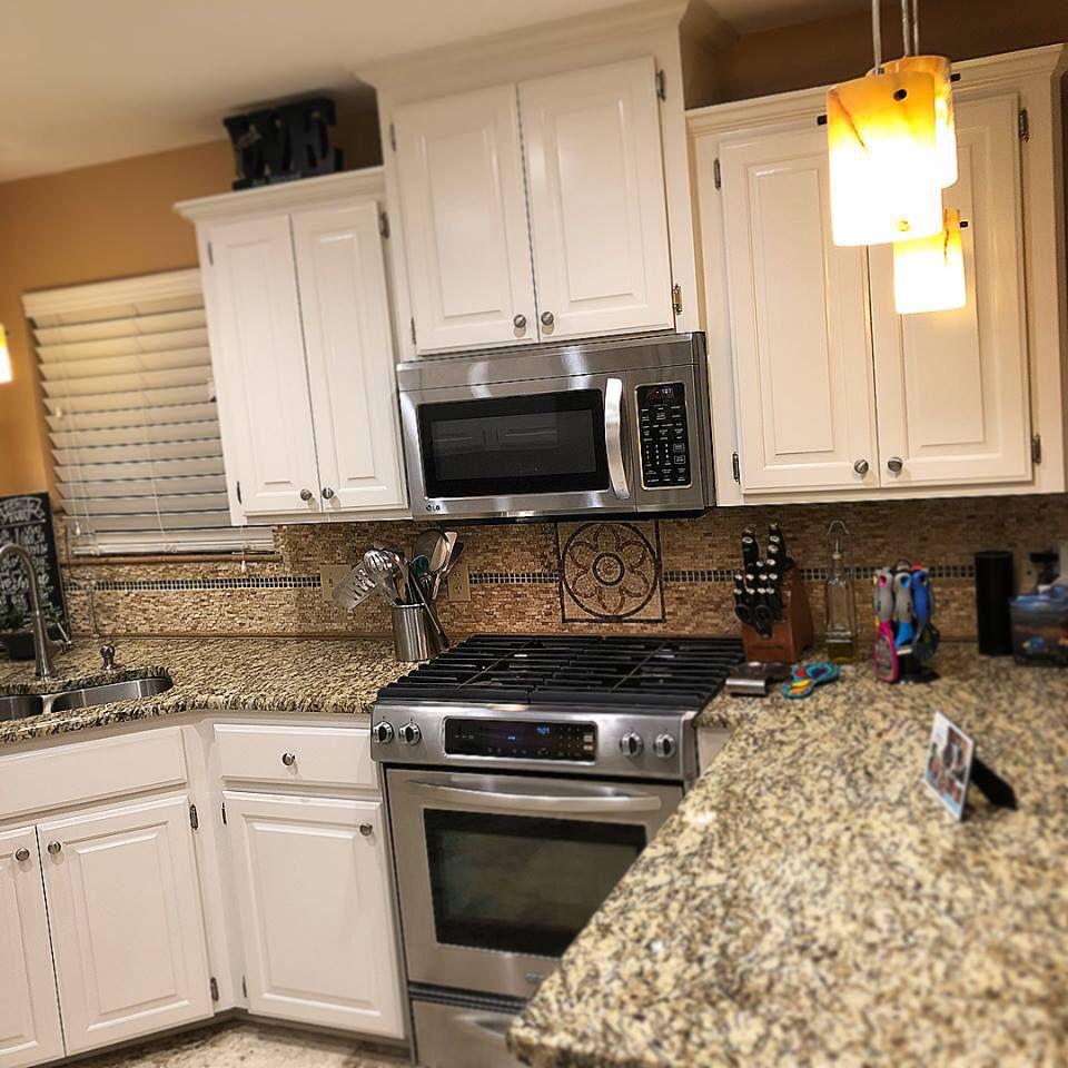 Pin by Cheyenne Mobbs on Kitchens | Kitchen, Kitchen ...