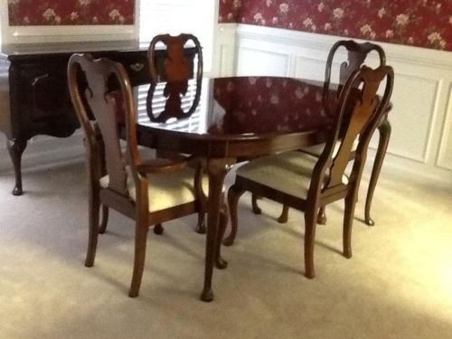 Thomasville Collectors Cherry Dining Room Set Mint