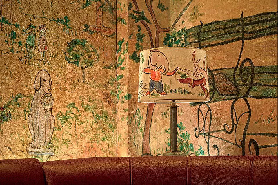 The Bemelmans Bar At The Carlyle Hotel