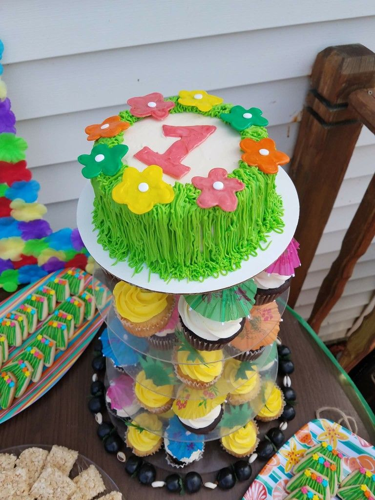 Luau First Birthday Smash Cake Hawaiian Grass Skirt Party Cakes
