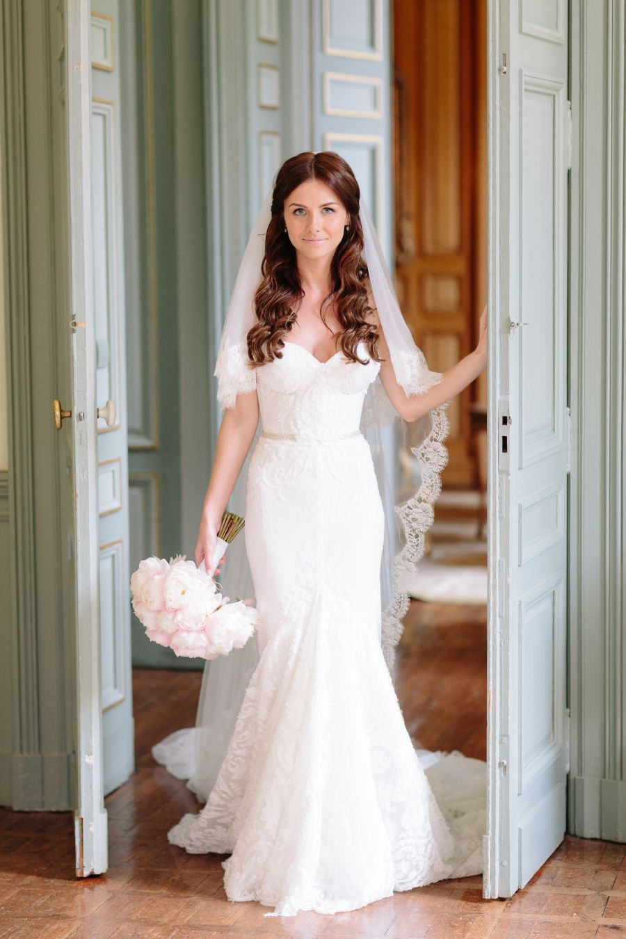 Wedding dresses downtown la  Chic Shoes  Pink Peonies Set Our Stylish Hearts Aflutter  Read