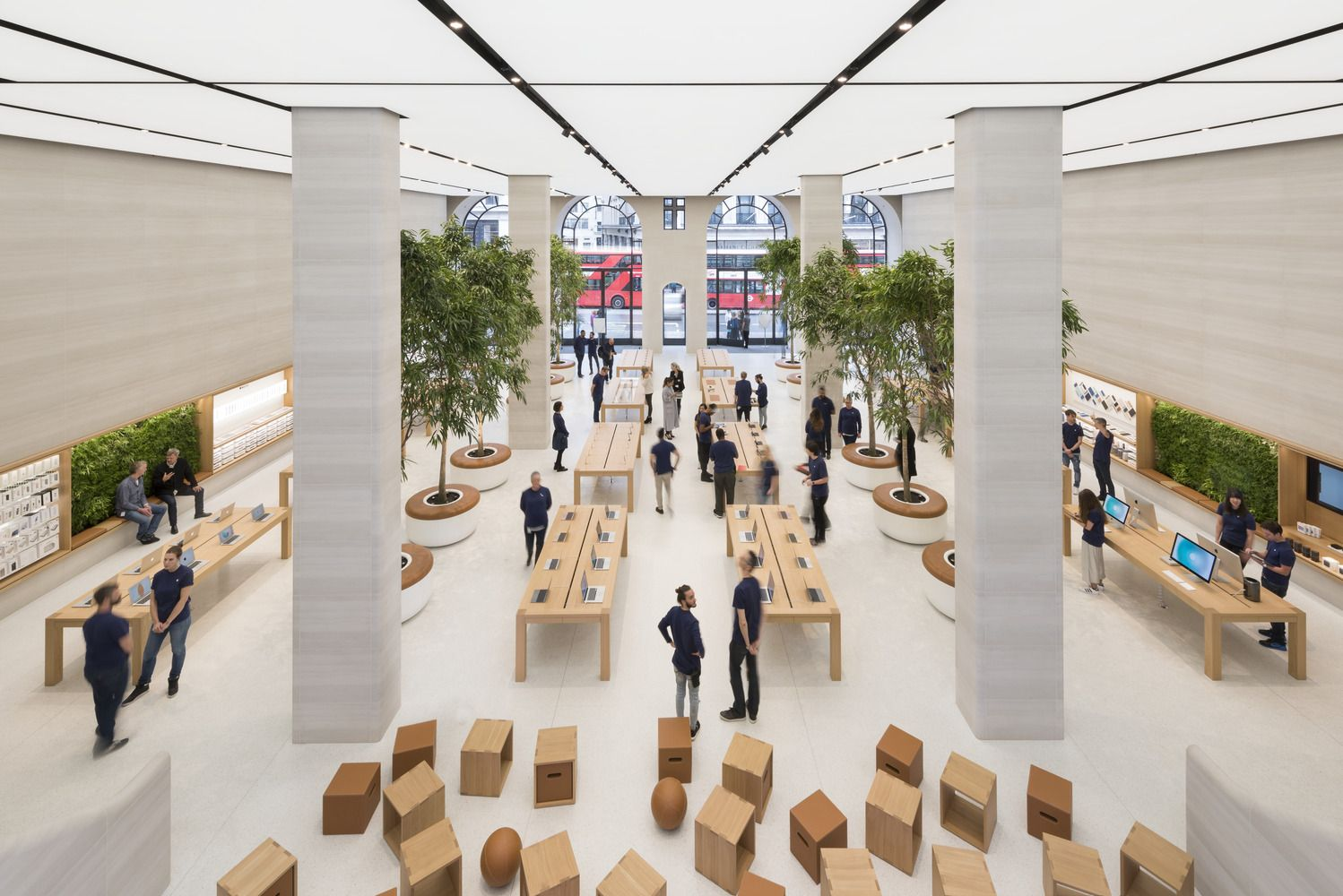 Gallery Of Apple Regent Street Foster Partners 2 Apple Store Design Apple Shop Architecture