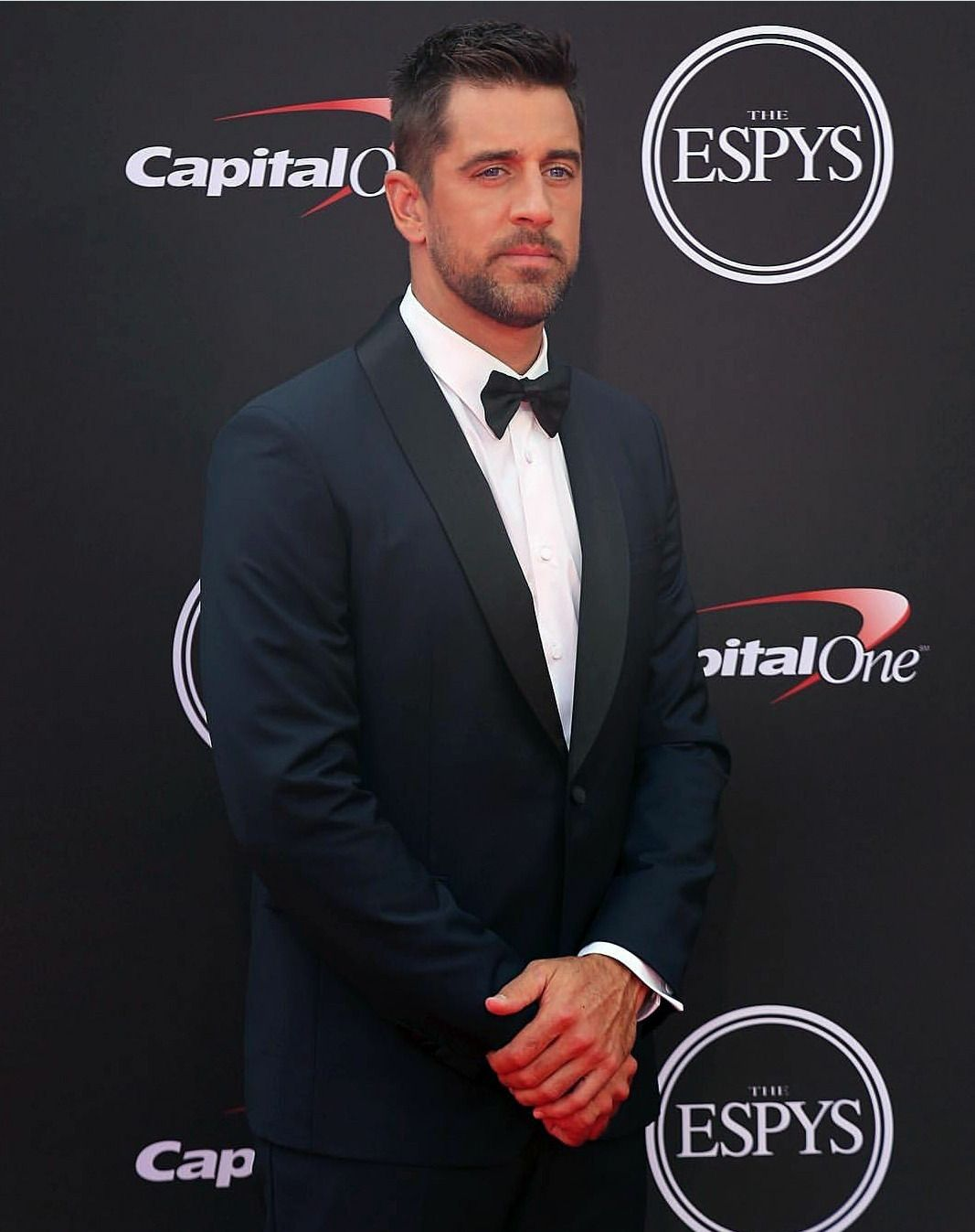 Pin By Buck D On Black Tie Aaron Rodgers Mens Street Style Green Bay Packers