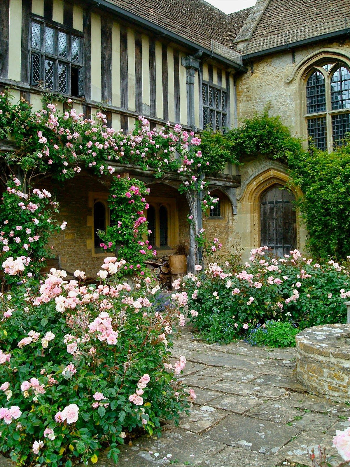 A Mermaid S Tale A Garden Of Roses English Country Gardens English Manor Houses Wiltshire
