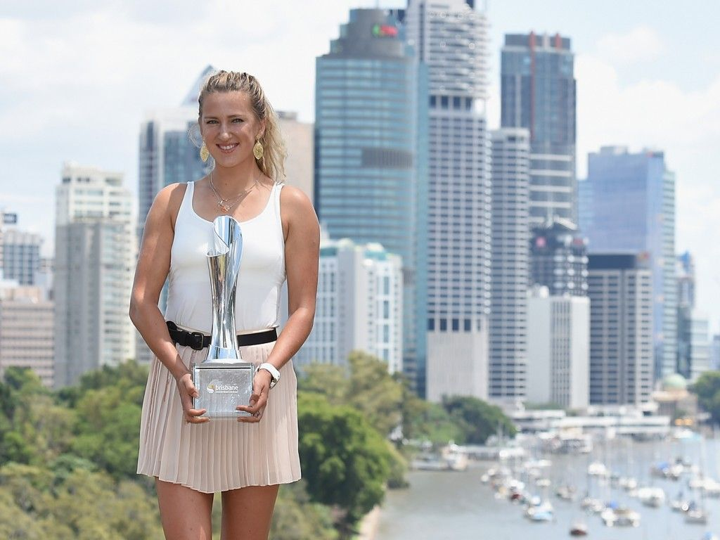 Victoria Azarenka of Belarus holds the Evonne Goolagong Cawley