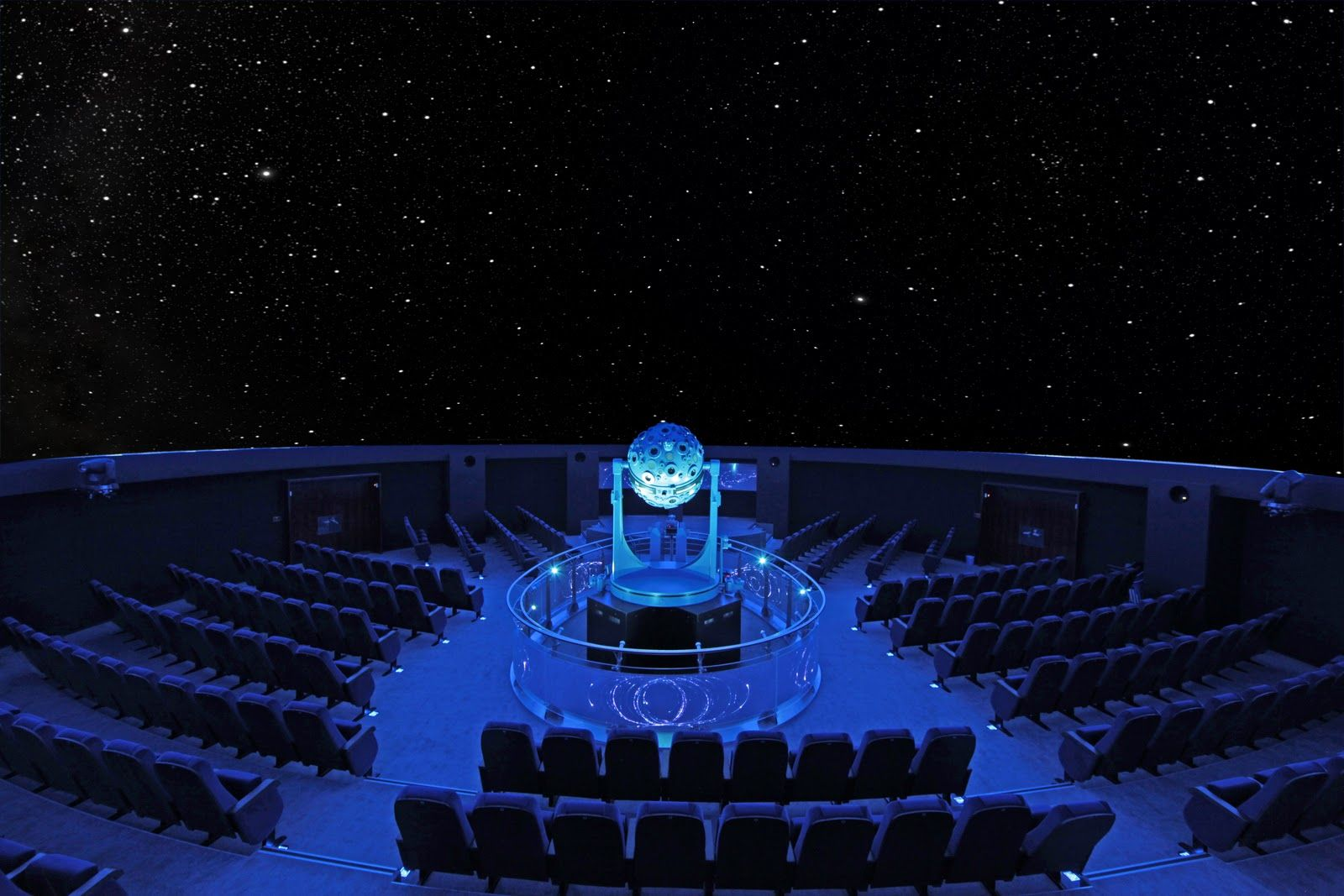 Why not hold your futuristic sci-fi wedding ceremony in a planetarium, for a real touch of the galactic?